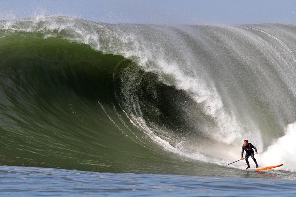 Big Wave SUP Surfing