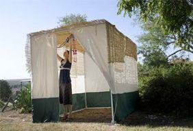 How to Build a Sukkah - Kveller | Celebrate - Sukkot