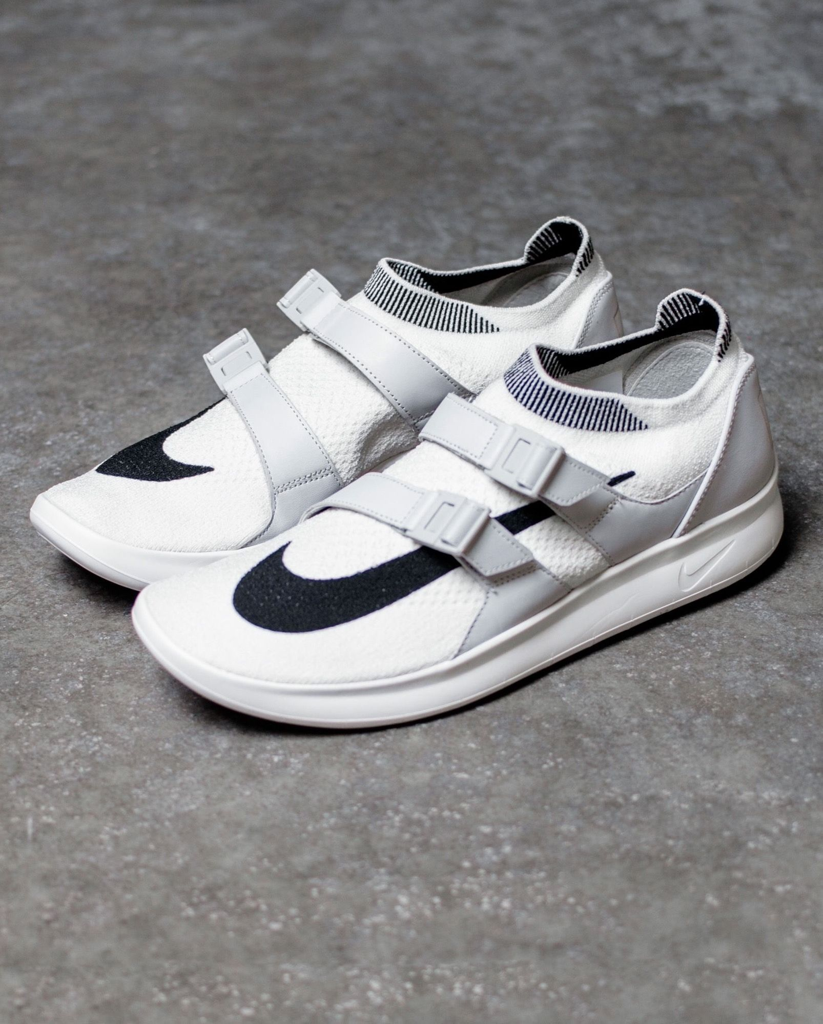 new product 748a7 52d86 Nike Air Sock Racer