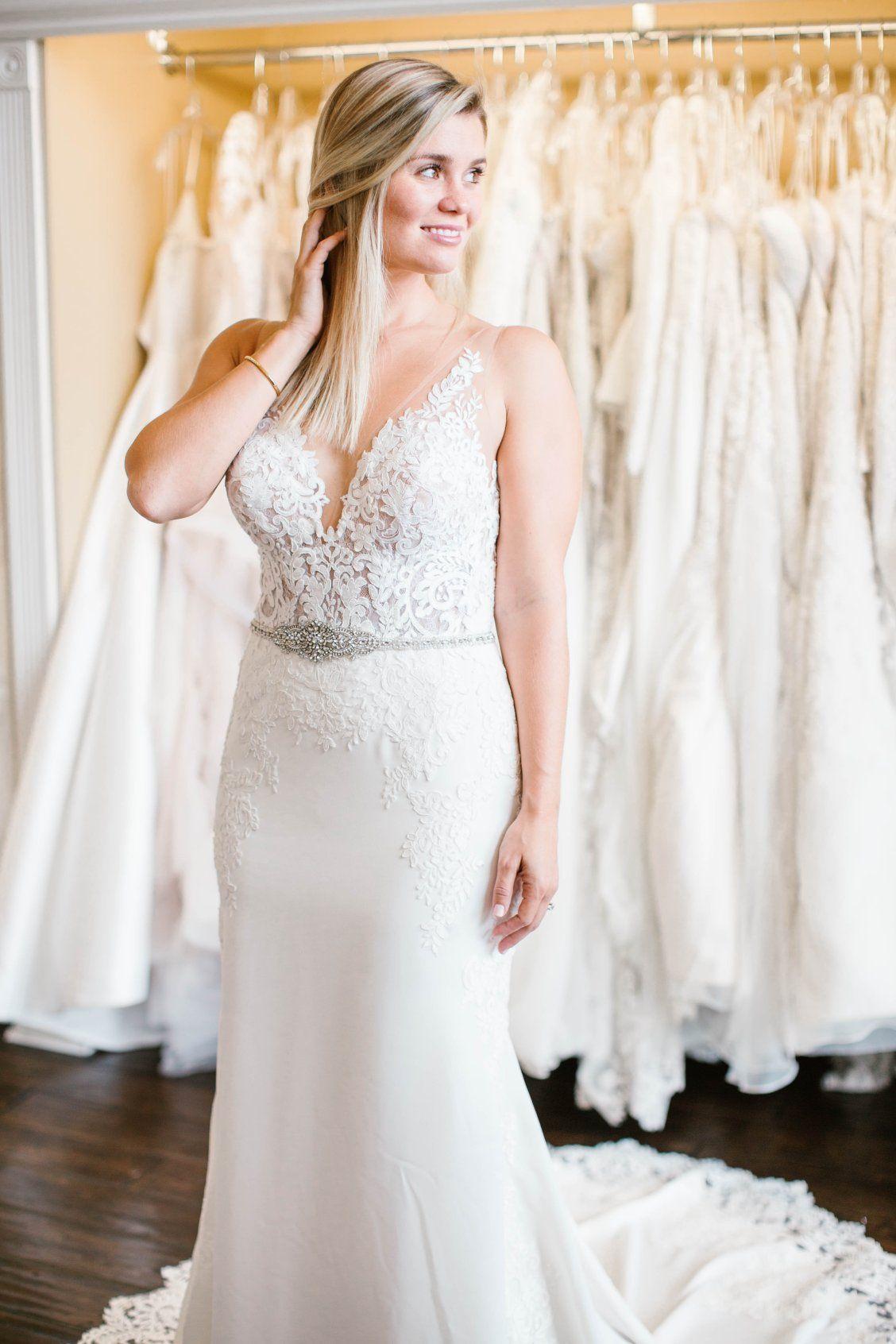 Simple and Sleek Wedding Gown   Stella york, Wedding dress and Wedding