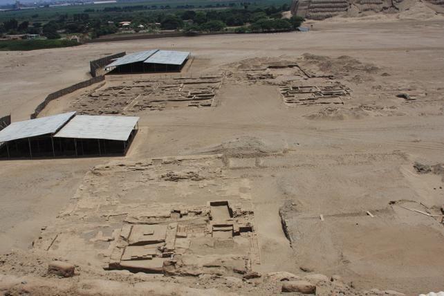 La cultura Moche se desarrolló en la zona de  Chimu. En donde se construyó la increíble ciudad de Chan Chan.