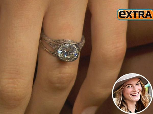 behati prinsloo�s engagement ring check it out and see