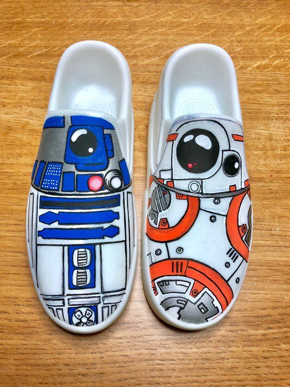 6ffa957332d3f Star Wars r2d2 bb8 painted shoes in 2019   Products   Painted shoes ...
