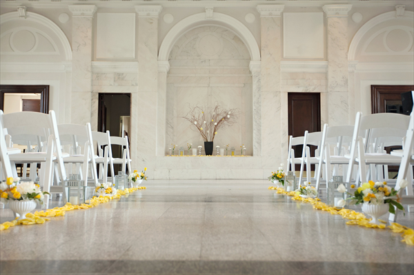 Historic Dekalb Courthouse Courthouse Wedding Courthouse Diy Winter Wedding