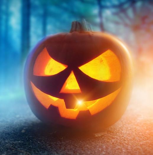 Uithollen Pompoen Halloween.Halloween Pompoen Uithollen En Figuren Snijden Festipedia