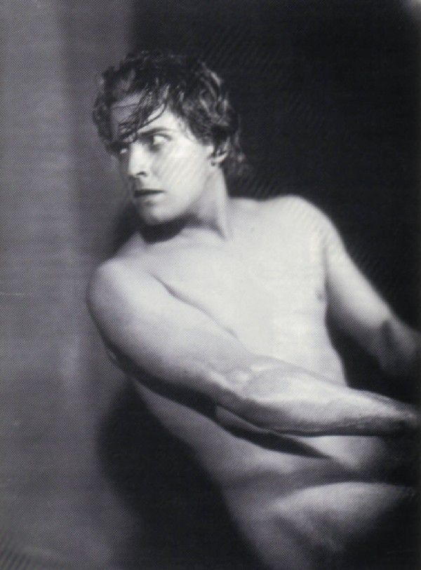 ramon novarro muerteramon novarro george hurrell, ramon novarro actor, ramon novarro death photos, ramon novarro, рамон новарро, ramon novarro death, ramon novarro torta, ramon novarro house, ramon novarro imdb, ramon novarro biografia, ramon novarro postre, ramon novarro gay, ramon navarro surfer, ramon novarro find a grave, ramon novarro muerte, ramon novarro crime scene, ramon novarro wright house