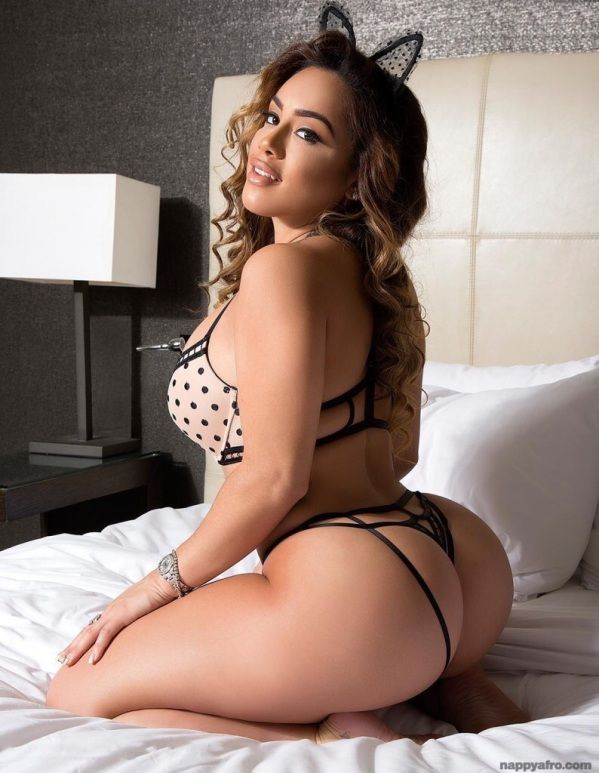 sexy bodies Hot latina