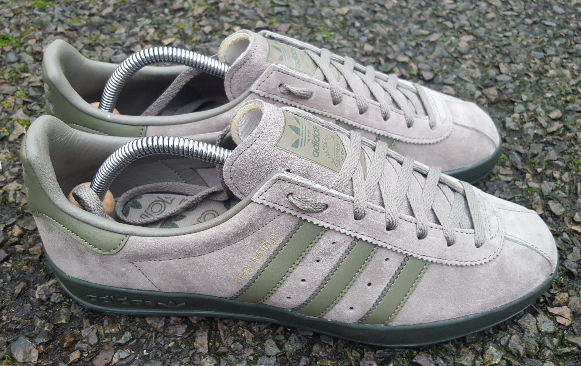 adidas Broomfield Trainers in Grey suede old skool retro terrace classic shoe