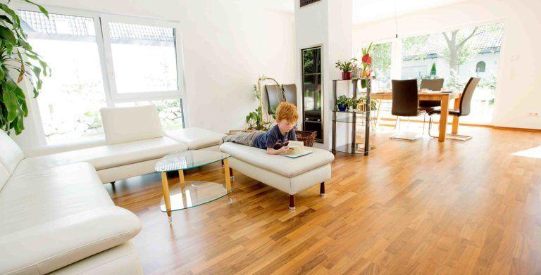 Haus Nolina von FischerHaus Moderne Stadtvilla für die