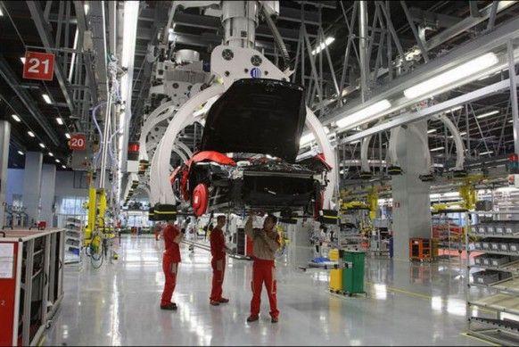 Inside Ferrari S Factory In Maranello Italy Factory Interior Ferrari Maranello