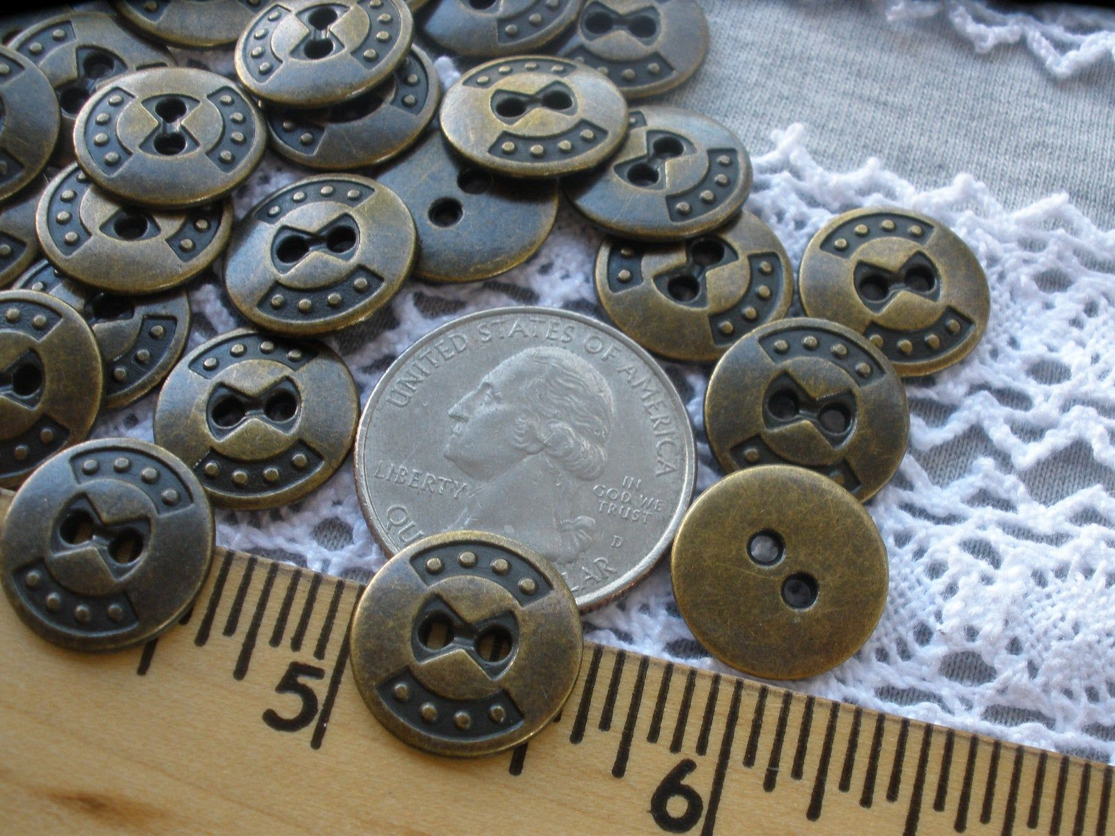 Sewing Natural// Agoya 25mm// 40L Mother of Pearl// Shell Buttons Craft,