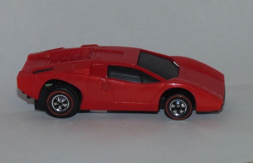 Hot Wheels Lamborghini Countach Traffic Club