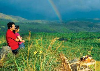 Tour Package 5 Days Affordable Honeymoon Package Munnar Top Honeymoon Destinations And