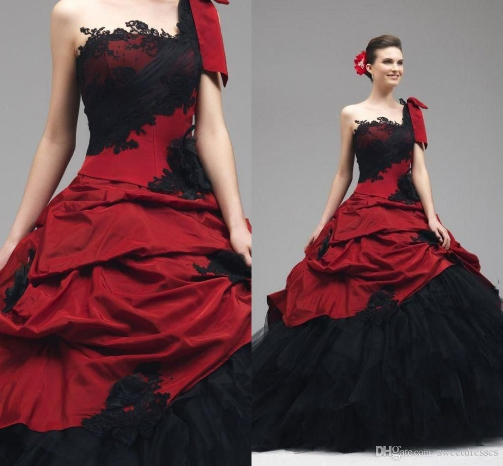 2017 Vintage Red And Black Wedding Gowns Lace Liques Gothic Dresses One Shoulder Sleeveless Backless D Bridal Gd 556 From Sweetdresses
