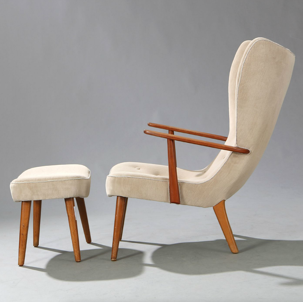Ib madsen and acton schubell oak and teak easy chair with for Simple modern furniture