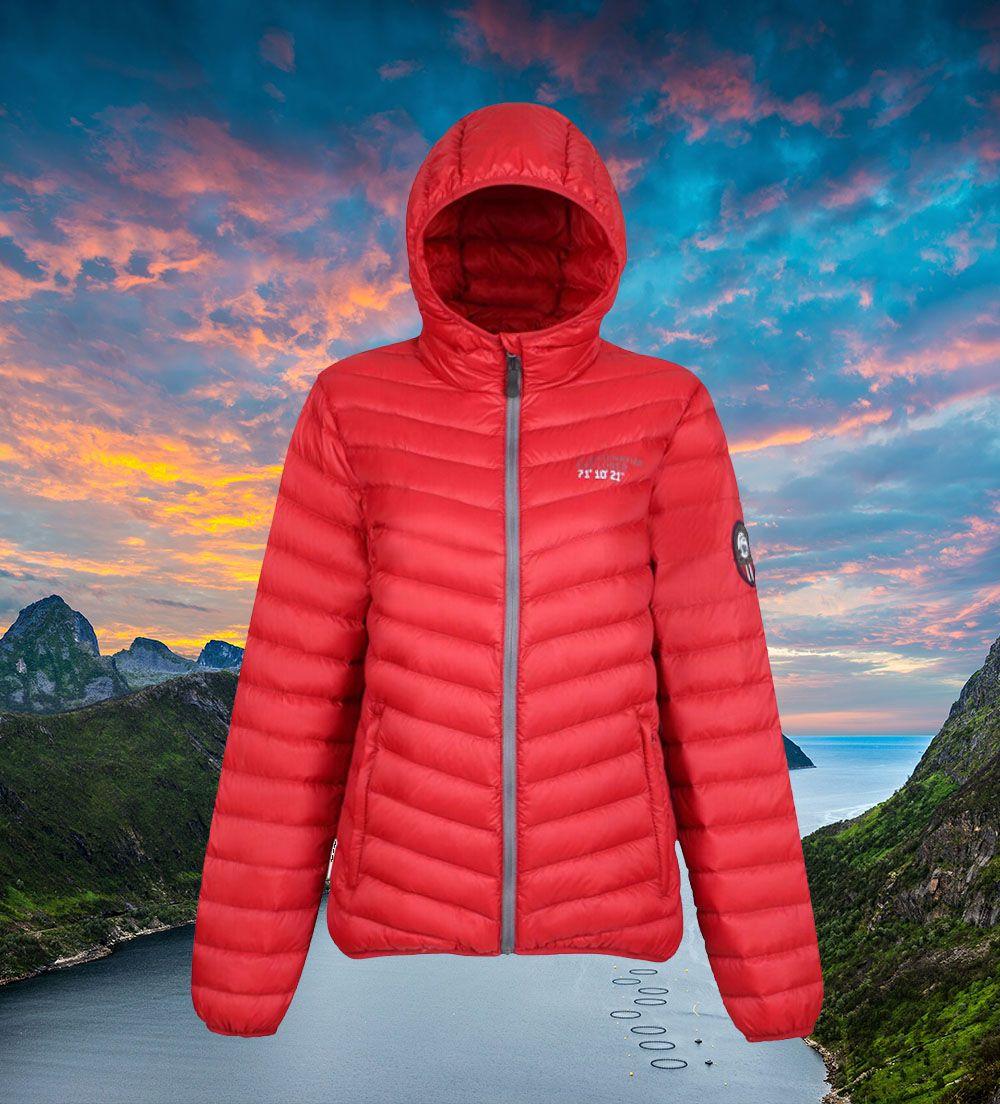Explore Norway In Scandinavian Explorer Indulge In This Deep Red 2018 Model Down Jacket By Scandinavian Explorer Shop It Https Mallofnorway Com Women Ja