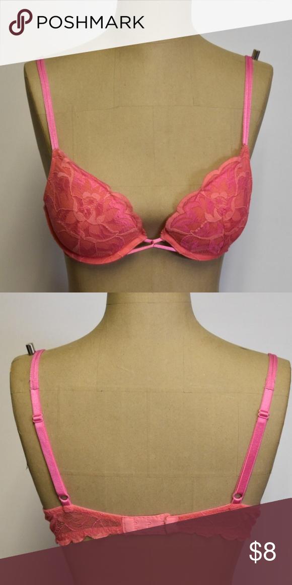 Pink padded bra victoria secret 34b Pink padded bra victoria secret bra  size 34b. Victoria s Secret Intimates   Sleepwear Bras e8a53c416