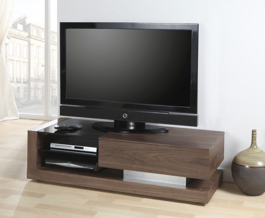 Walnut Tv Stand Jf613 By Jual Furnishings Is A Stylish And Modern Looking Tv Stand Which Features A Lar Walnut Tv Stand Wooden Tv Stands Black Glass Tv Stand