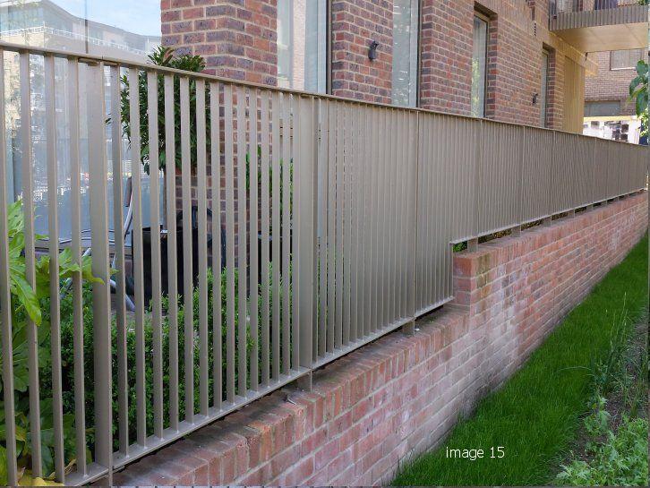 Best Flat Infill Bar Railings Modern Fence Railing Design 640 x 480