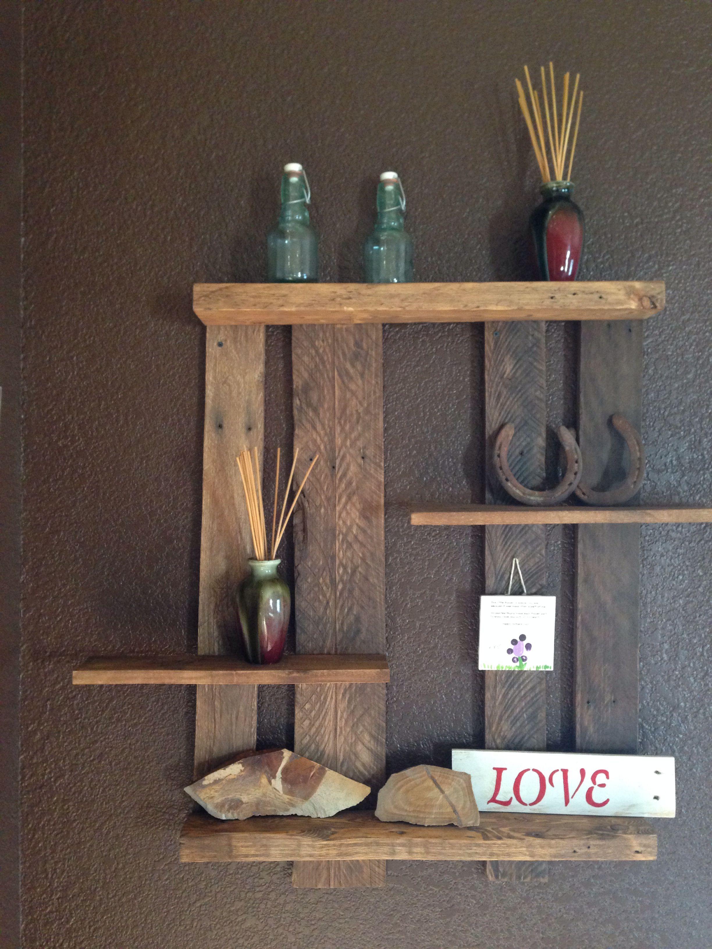 Diy/Pallet shelf/I made myself! Love it! Diy pallet project/wall ...