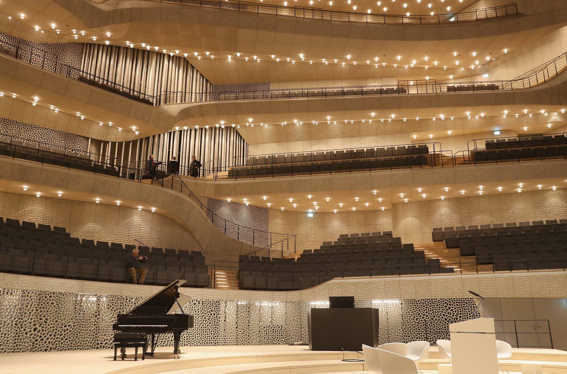 We Thought It Was Going To Destroy Us Herzog And De Meuron S Hamburg Miracle Hamburg Dubai Architecture Elbphilharmonie Concert Hall