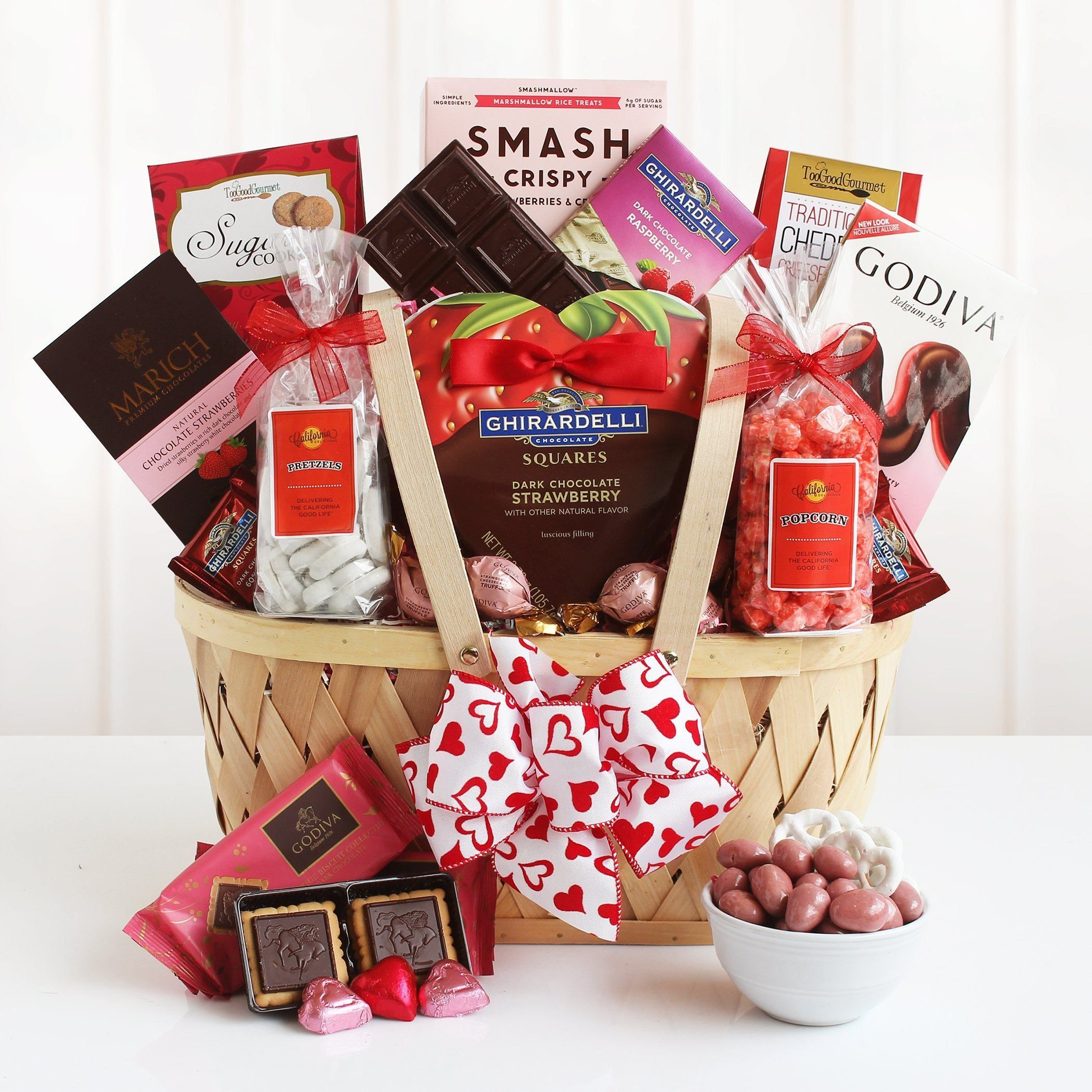 Valentine Chocolate Pink Favorites Valentine Gift Baskets Gift Baskets Valentine S Day Gift Baskets