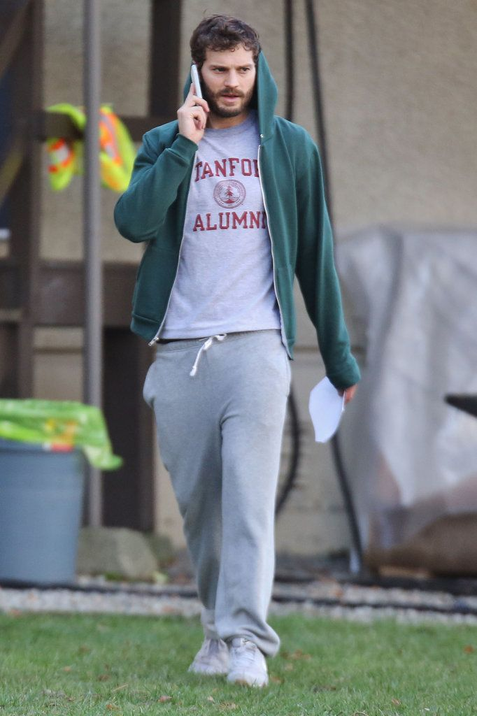 :) Jamie Dornan stayed comfy on the set of The 9th Life Of Louis Drax on Saturday.