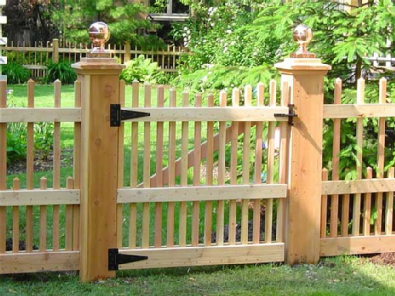 Picket Fence Gonna Be A Must Have With My Dogs Fence Design Garden Gates Outdoor Gardens