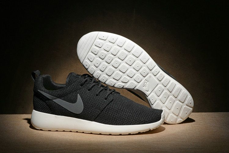 46b352b8c3d9f Officiel Nike Mens Roshe One Casual Shoes 511881-010 Black Noir Anthracite  Sail Size 36-44 Youth Big Boys Shoes