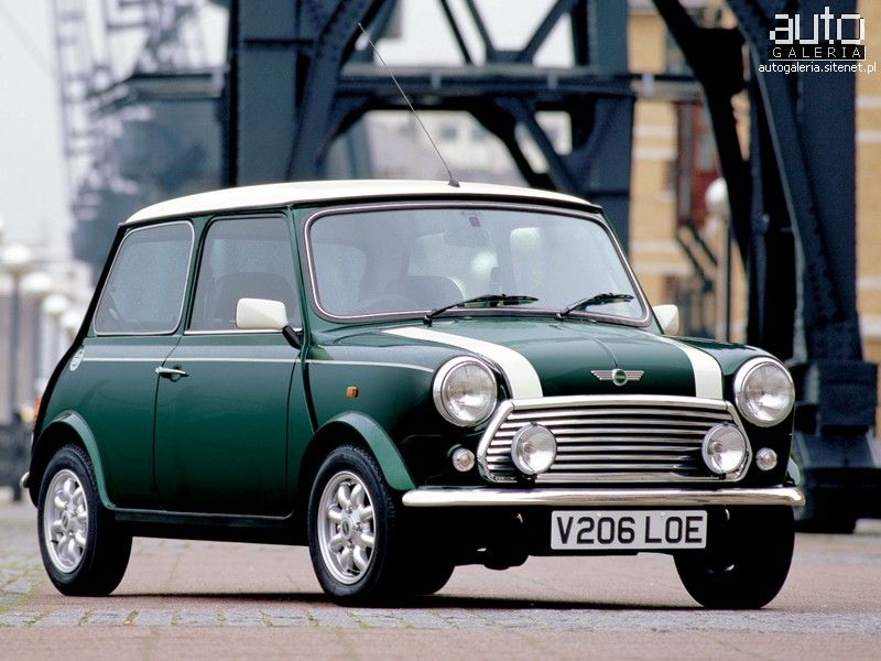 Mini Cooper Older Model But Same British Racing Greenwhite