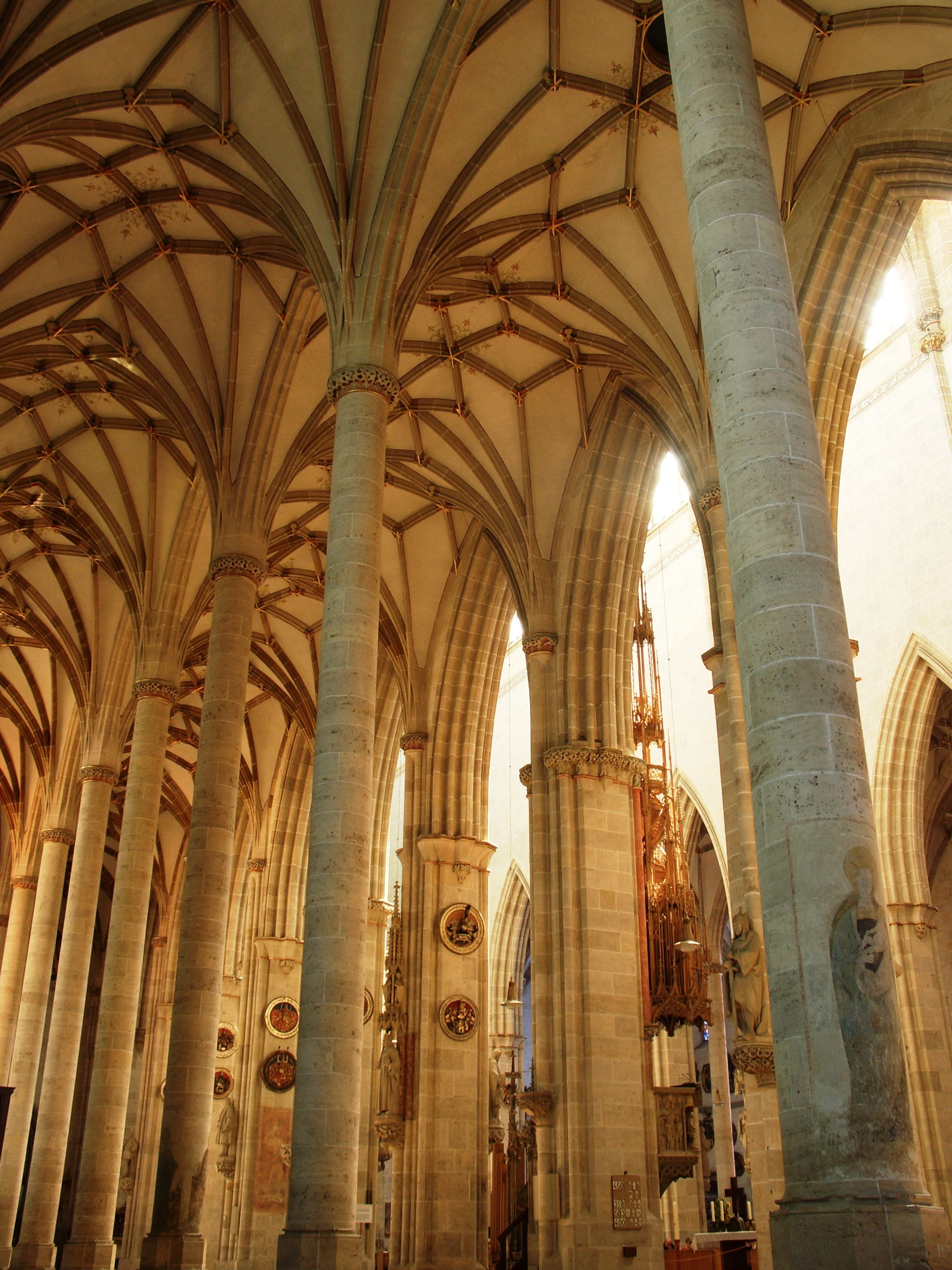 Ulm Cathedral Germany The Aisles With A Network Of - Antike Möbel Ulm