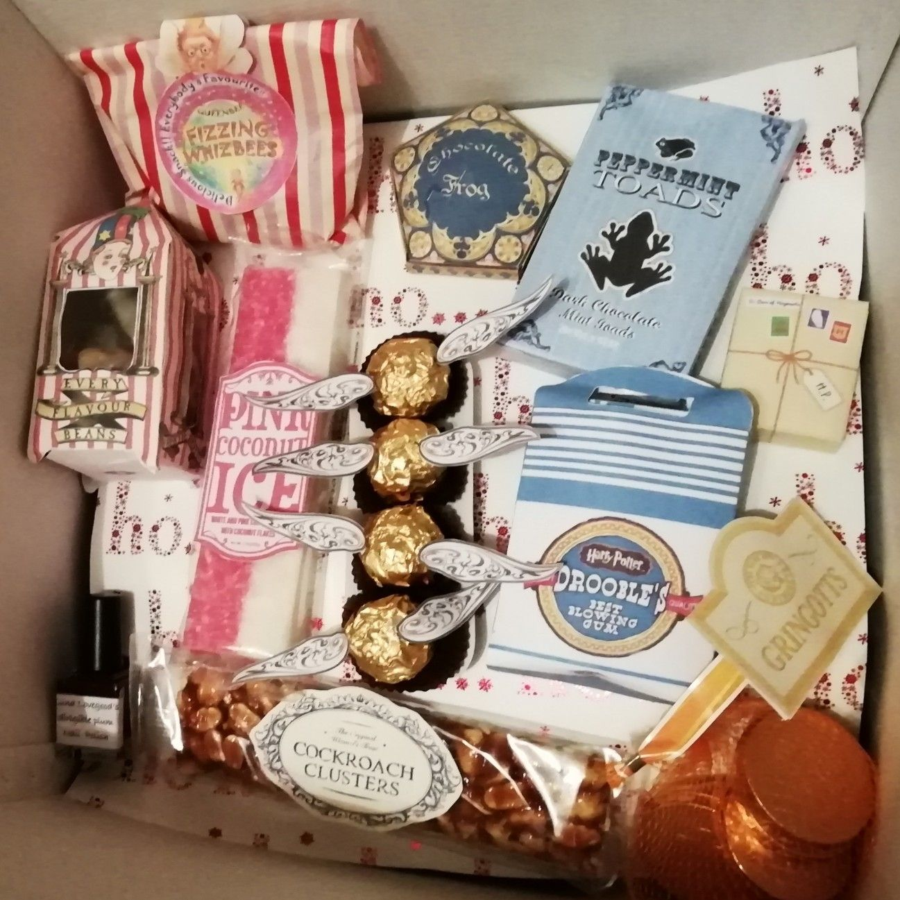 Harry Potter Gift Box Ideas Made From Pinterest Pins Harry Potter Gifts Diy Harry Potter Gift Box Harry Potter Gift Basket