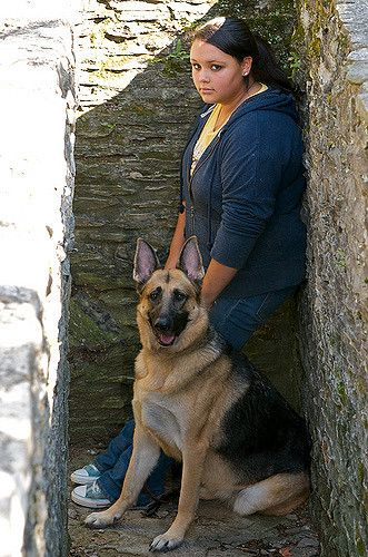 Family Portraits In Columbus Ohio A Girl And Her Dog German Shepherd Dog At Jeffrey Mansion In Bexley Ohio ส ตว