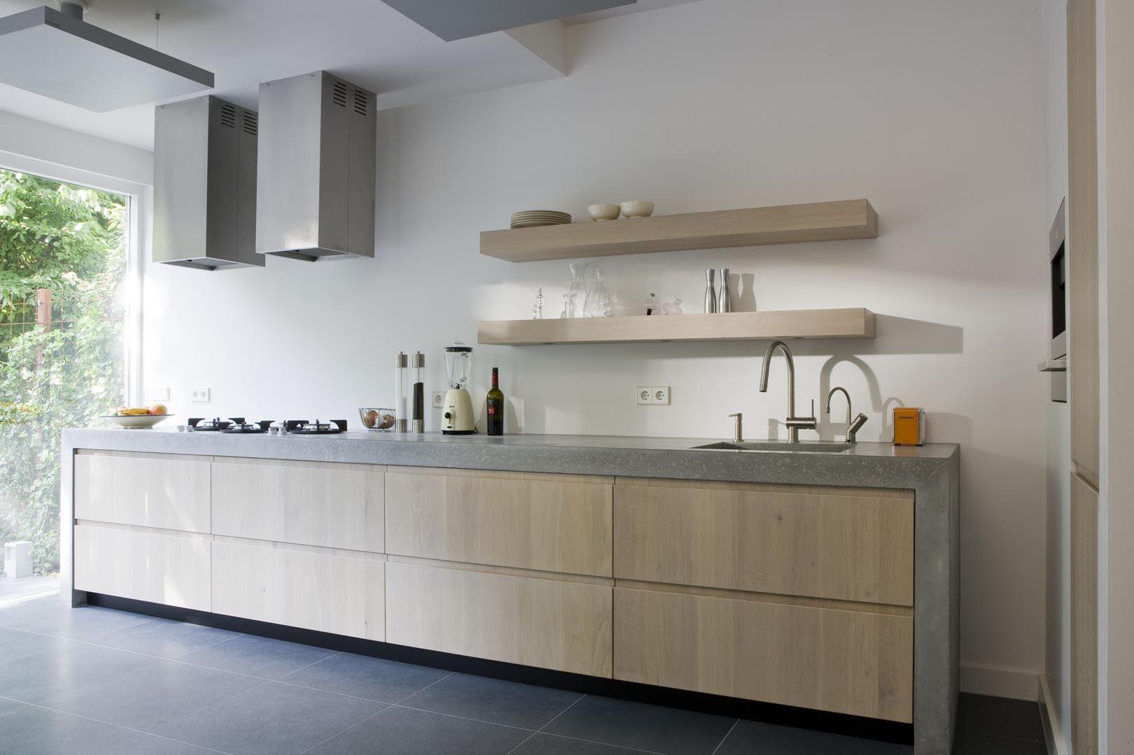 Houten Keuken Beton : Moderne keuken met betonnen keukenblad. door het robuuste betonnen