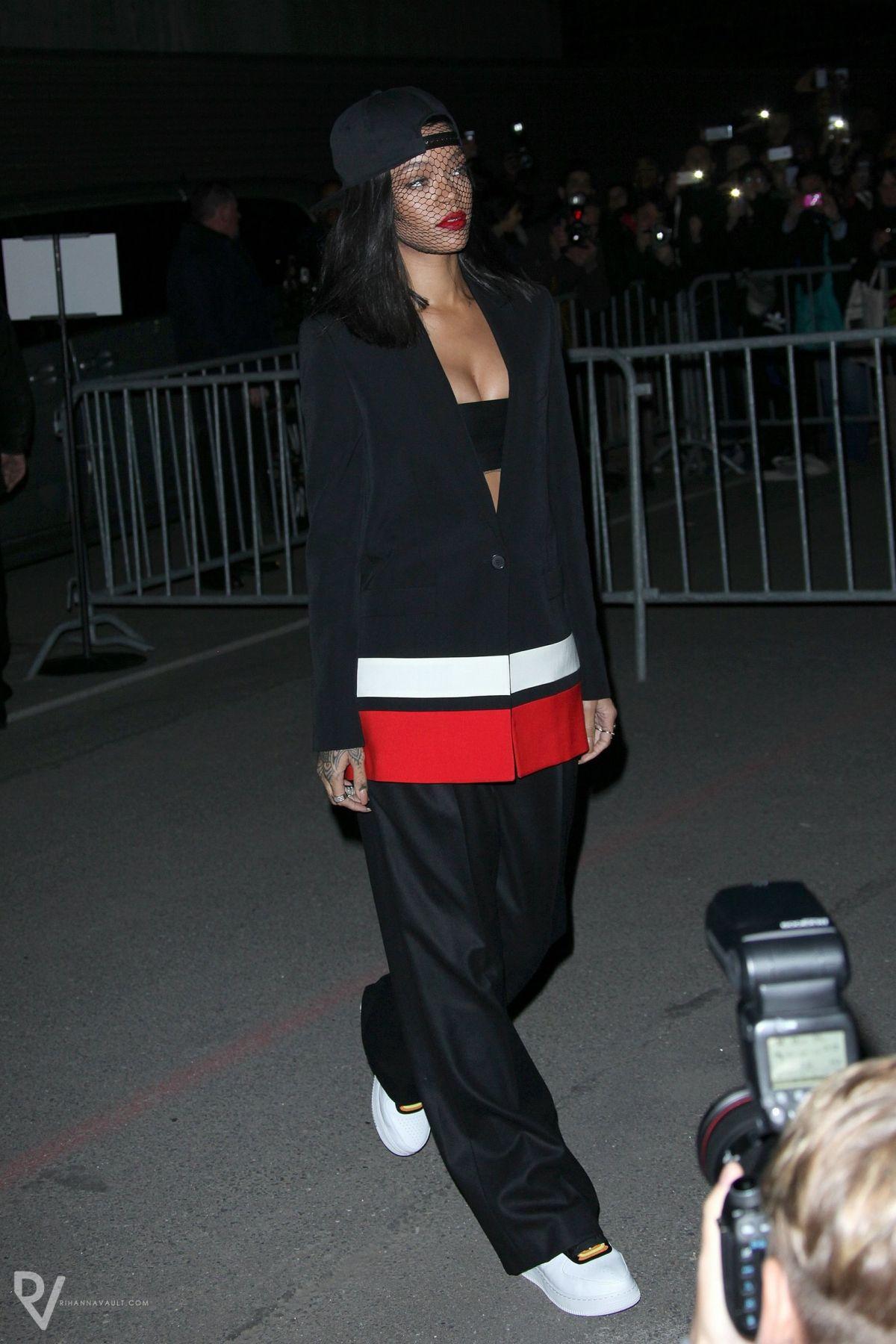 Rihanna wearing Givenchy Pre-Fall 2014 Blazer Givenchy Pre-Fall 2014 Pants Riccardo Tisci x Nike Air Force I Hi Boots Givenchy Face Veil