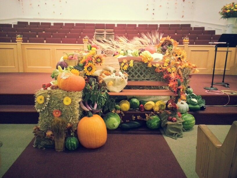 The Thanksgiving Bench Church Decorations  GIY