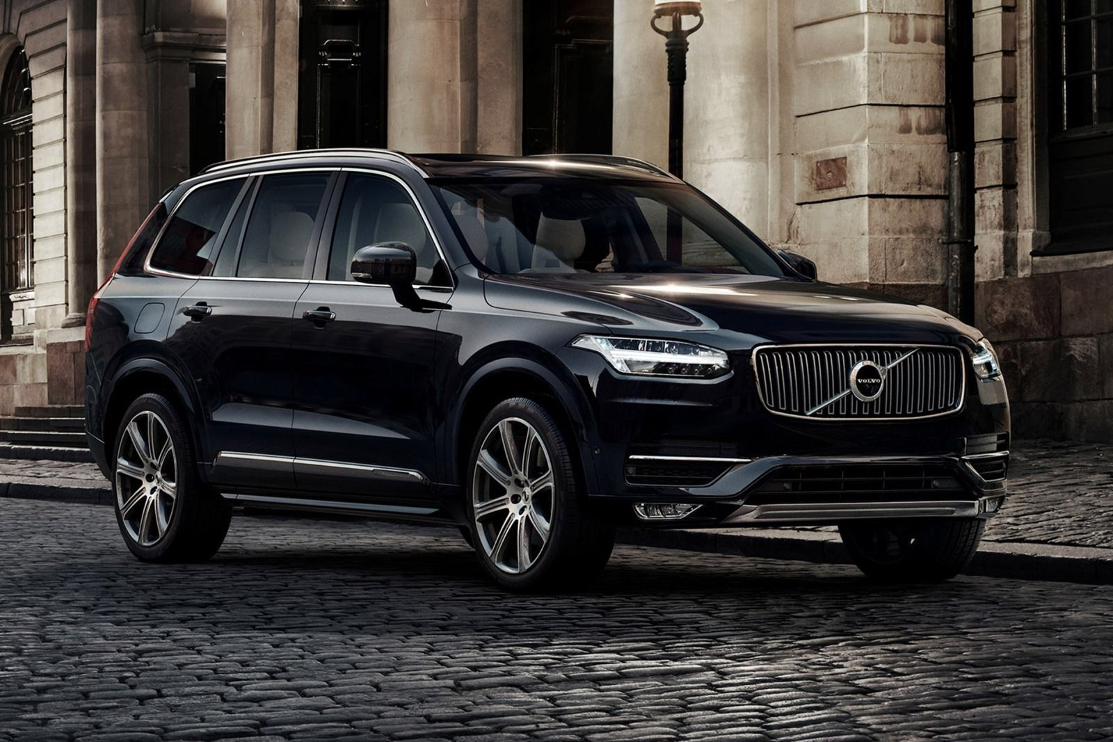 Pin By Cody Oxley On Automobiles Volvo Xc90 Volvo Cars Volvo Suv
