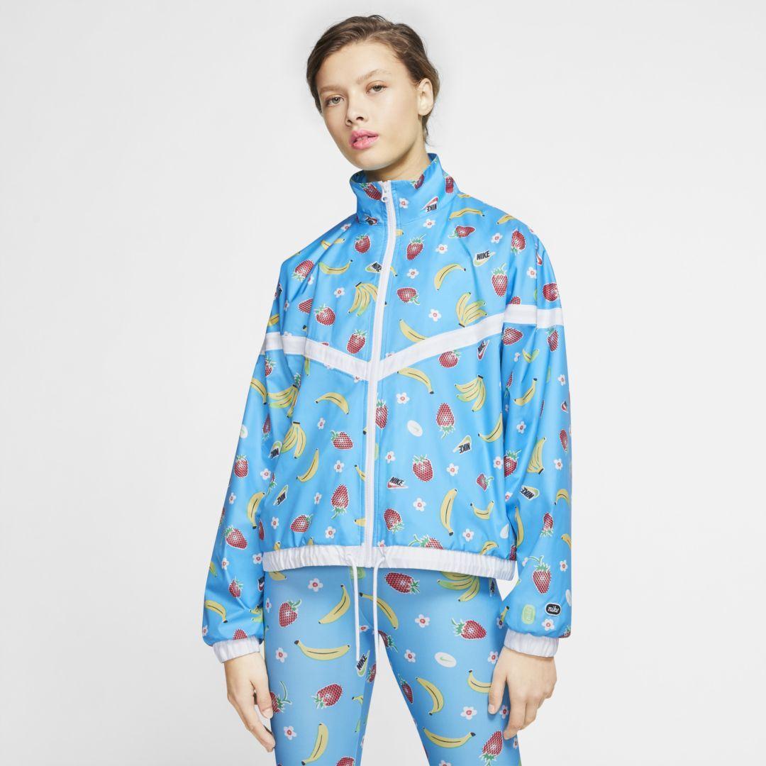 Photo of Nike Sportswear Women's Woven Printed Jacket (Light Current Blue)