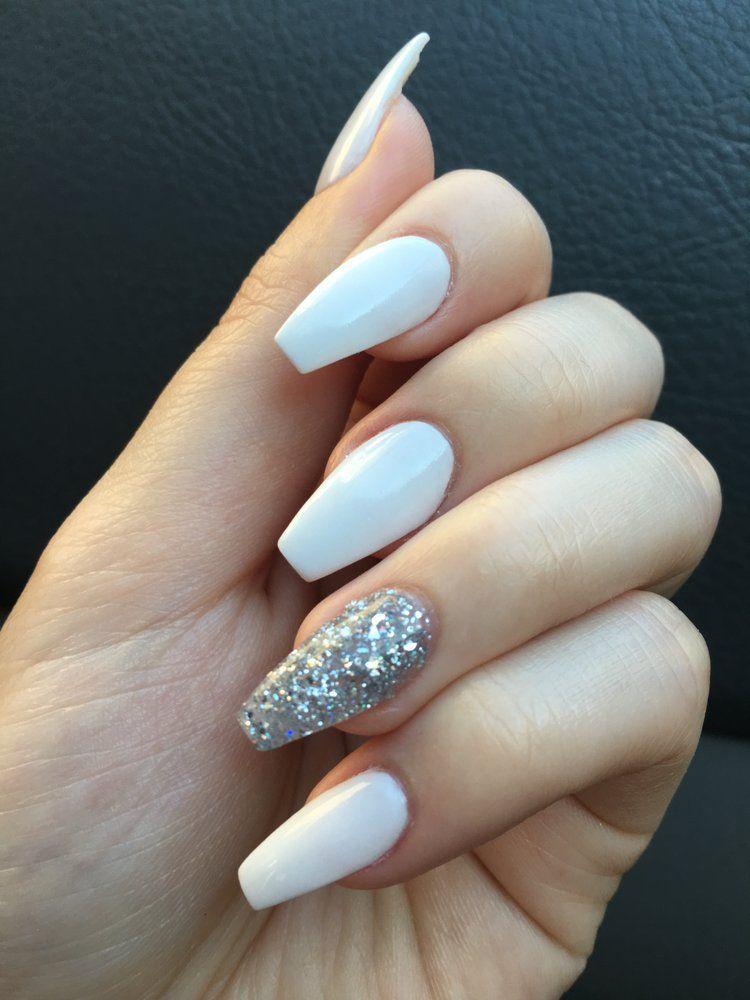 Pin By Nails Art On Nᴀɪʟs White Acrylic Nails Clear Glitter Nails Nexgen Nails
