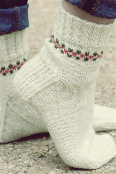 Photo of 15 Toasty Gestrickte Sockenmuster für den Herbst   Garten Kunst