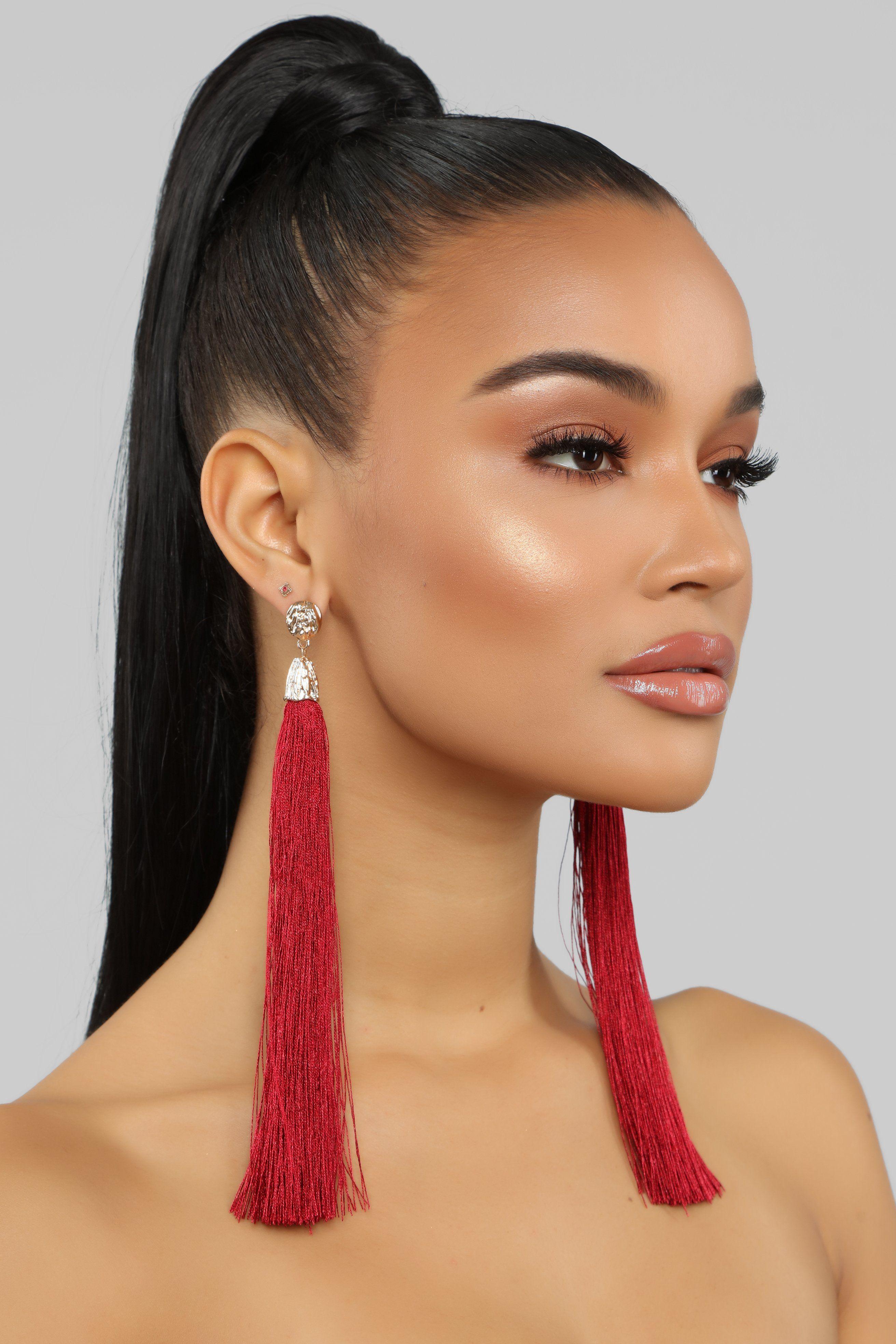 Don T Tassel Me Earrings Burgundy Earrings Burgundy Fashion Nova Models
