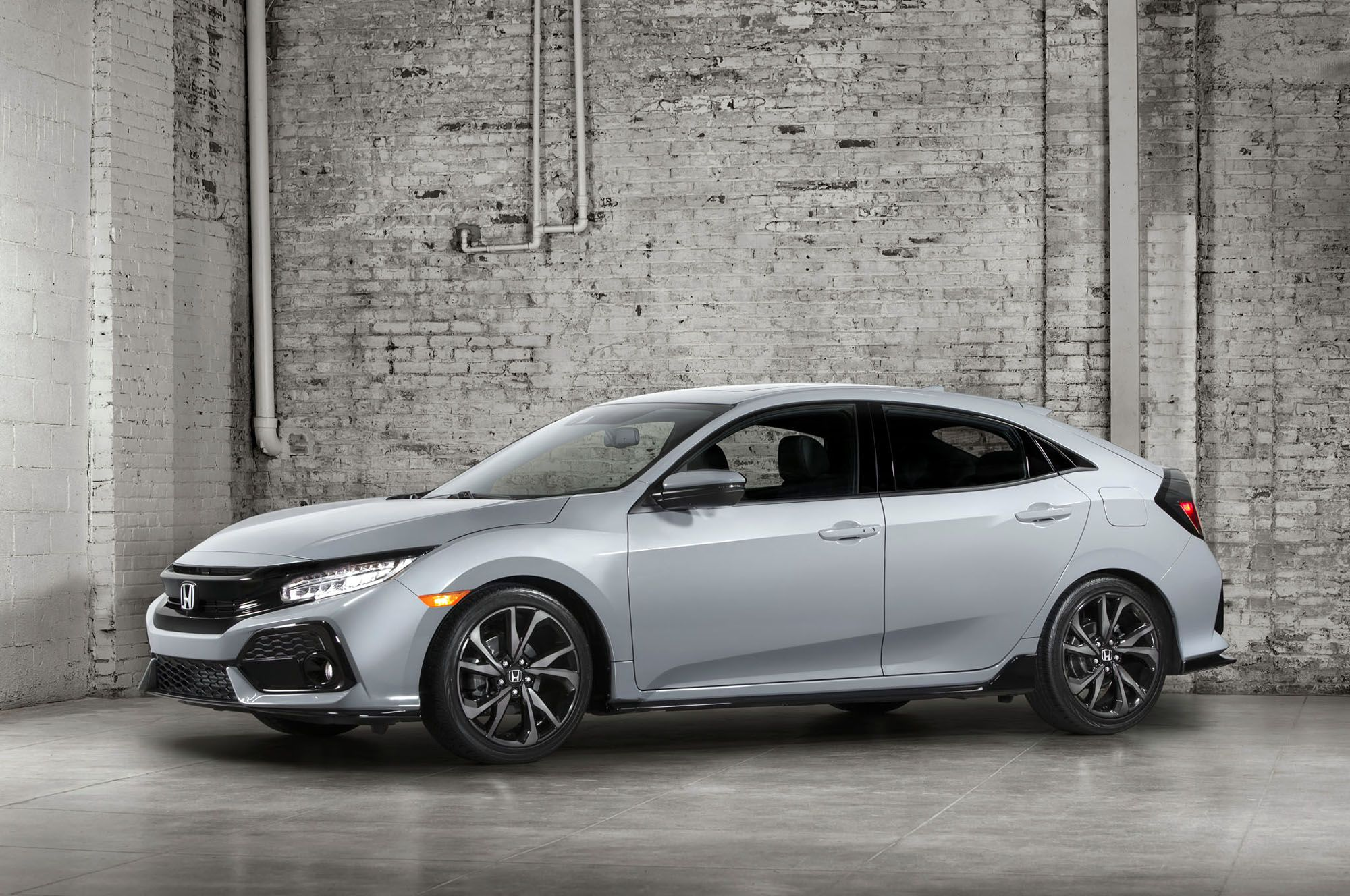 2017 Honda Civic Hatchback Wallpaper