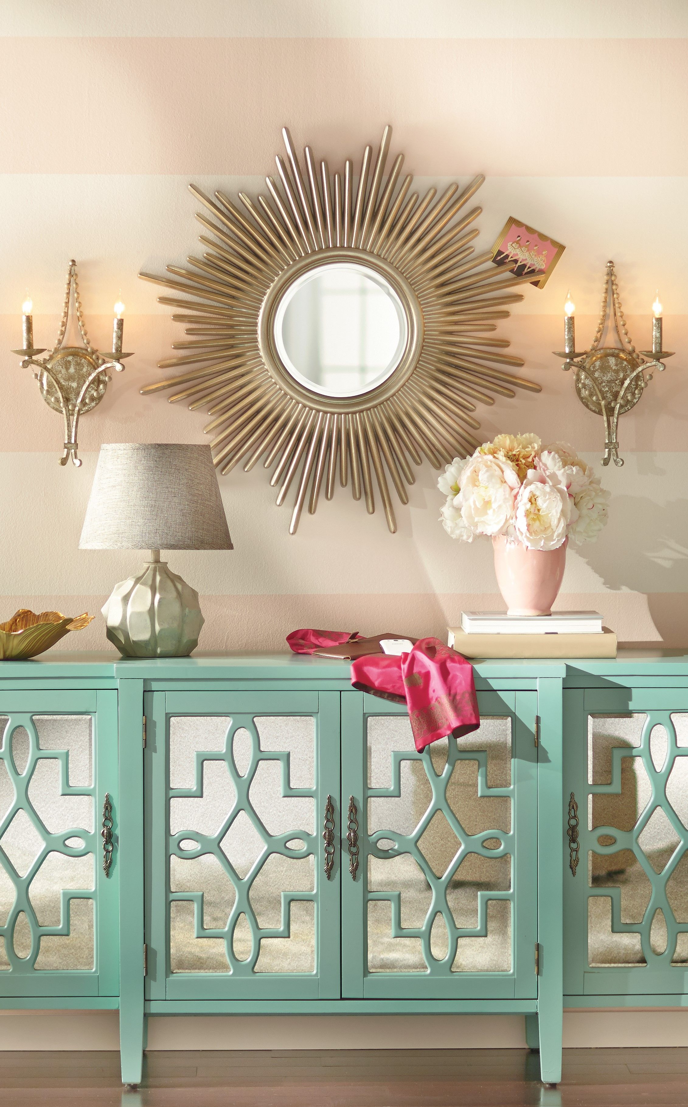 Wandspiegel Hardy | Wandspiegel, Konsolentisch und Vasen