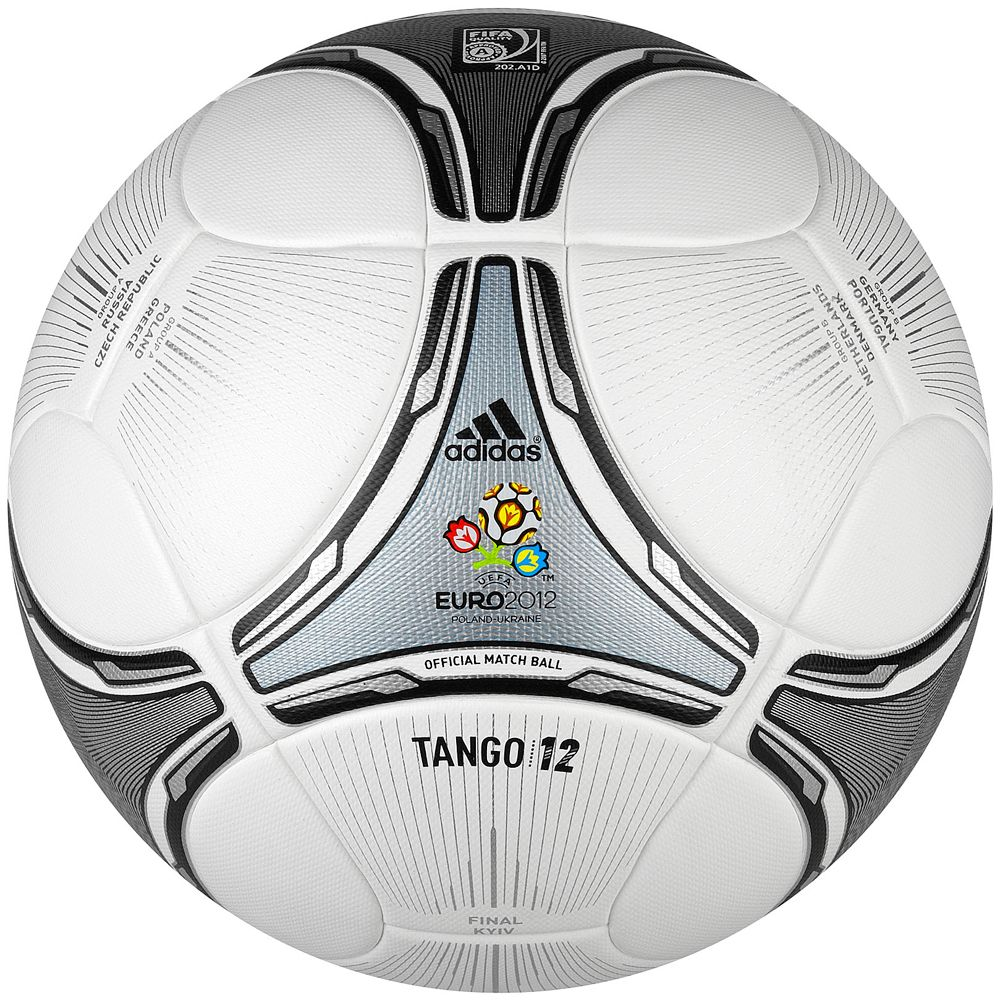 Adidas Tango 12 Finale - Official matchball Euro 2012 Finale ... 8f7629201c5cb