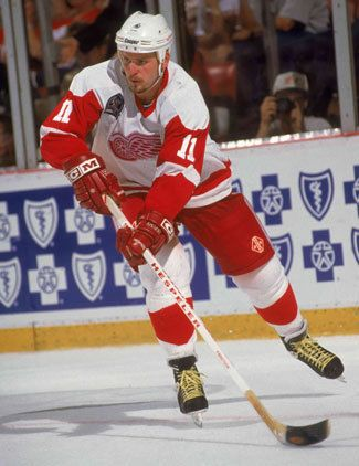 Shawn Burr, a Sarnia-native, was selected by DET in 1st R in 1984. After parts of 11 seasons with Wings Burr was traded to TB for Bergevin & Hankinson.