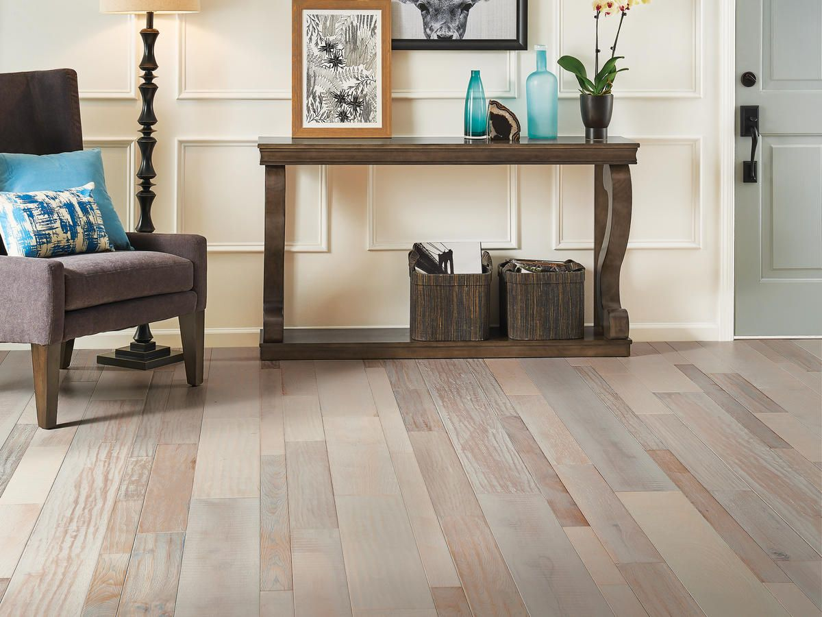 How To Choose The Best Hardwood Flooring For Your Beach House Wood Floors Wide Plank House Flooring Types Of Wood Flooring