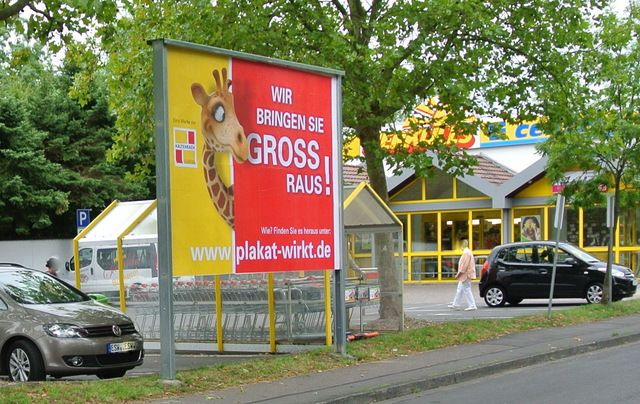 Wir bringen Sie GROSS raus, zum Beispiel am E-Center in Witzenhausen. #Plakatwirkt #Witzenhausen #Aussenwerbung #Plakat #Plakatwerbung