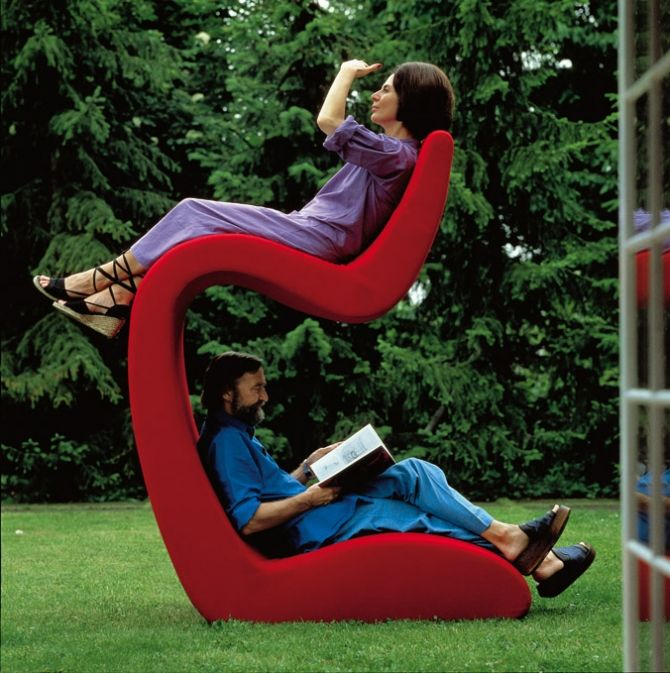 It's kinda like a bunk bed, but with chairs. Also, we can like