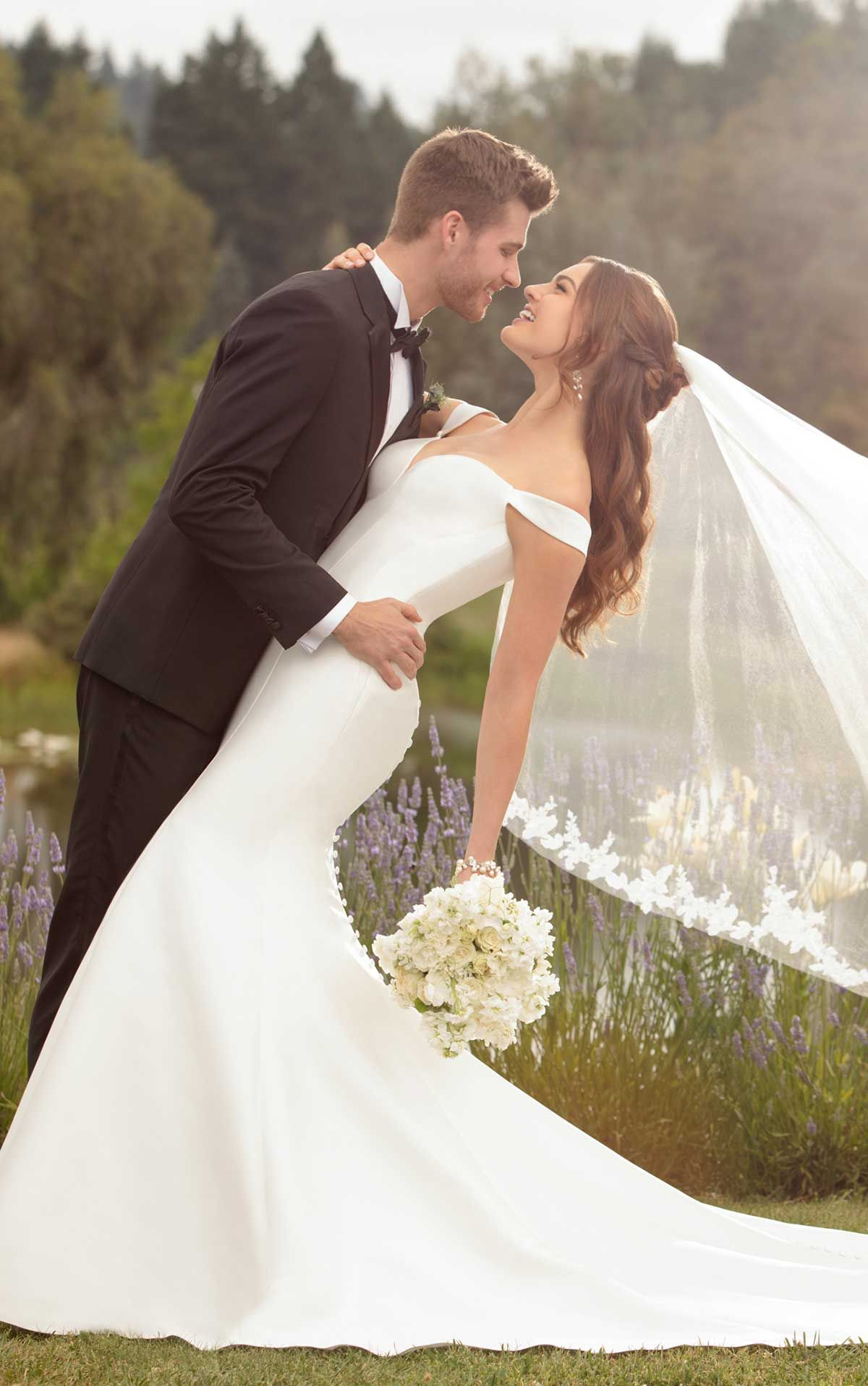 Simple Off-the-Shoulder Wedding Gown  Wedding picture poses