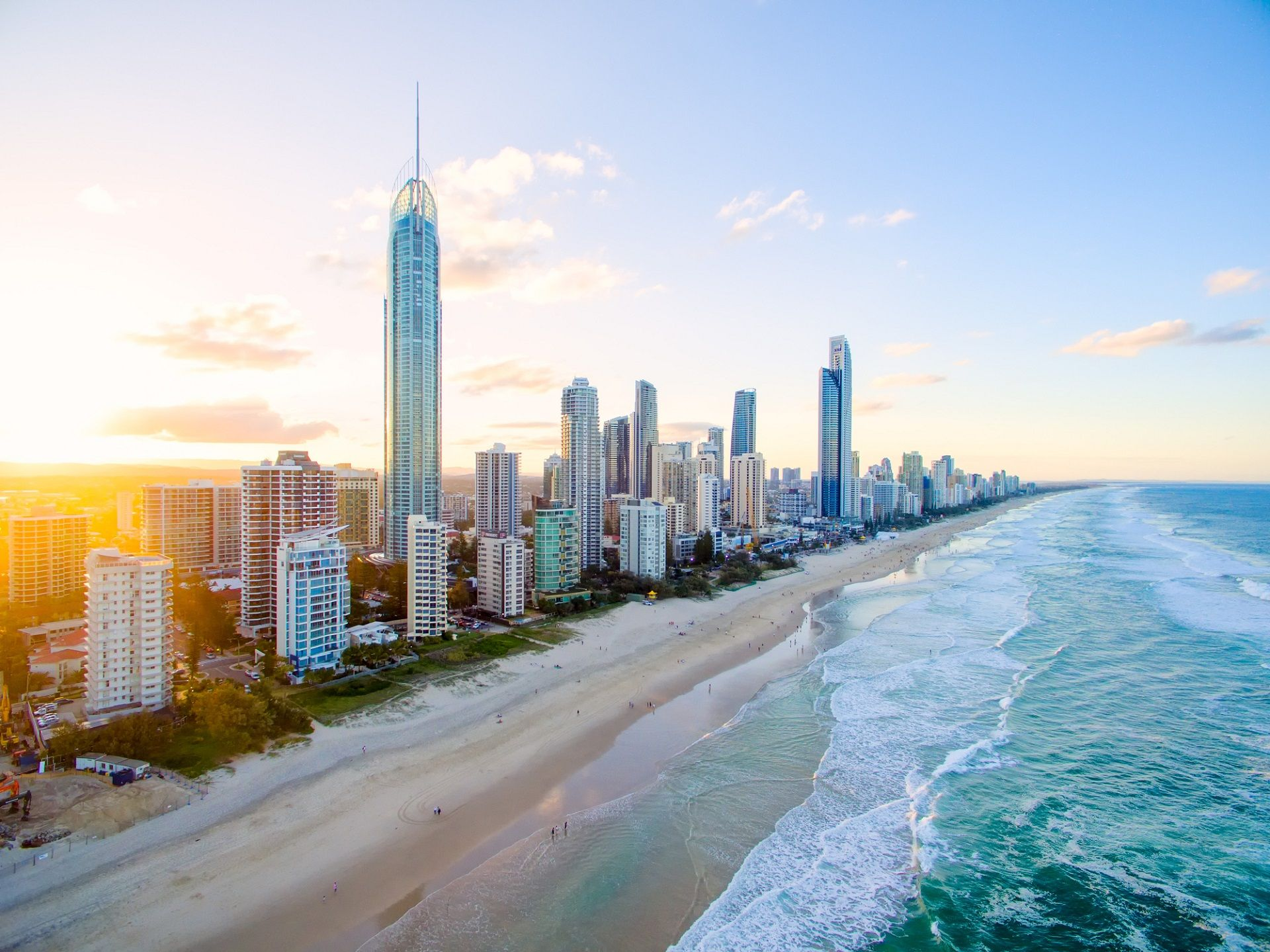 Surfers Paradise An Der Gold Coast In Australien Urlaubsguru Australien Urlaubsguru Surfer